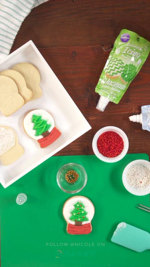 How To Make Snow Globe Christmas Cookies Holiday Icing
