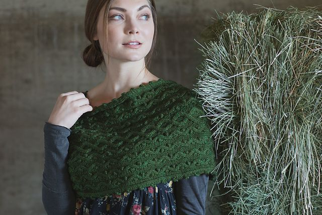 Ravelry: Winter Thyme Cowl pattern by Moira Engel
