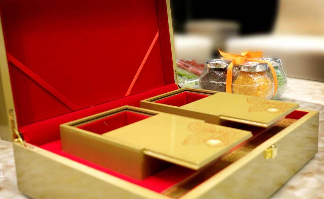 Wedding Invites - HandPicked Wedding invitation Card Designs ...