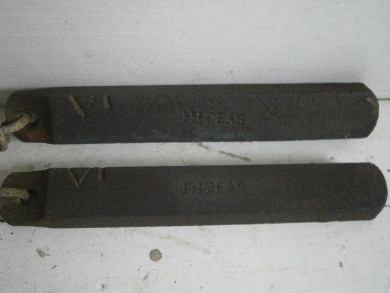 Lot Of 2 Antique Cast Iron 7 Pound Window Weights Sold Antique Cast Iron Antiques Cast Iron