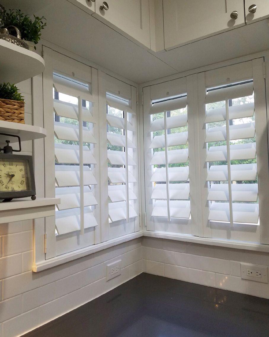 Corner Window With 4 5 Louvers Flat Trim Plantation Shutters