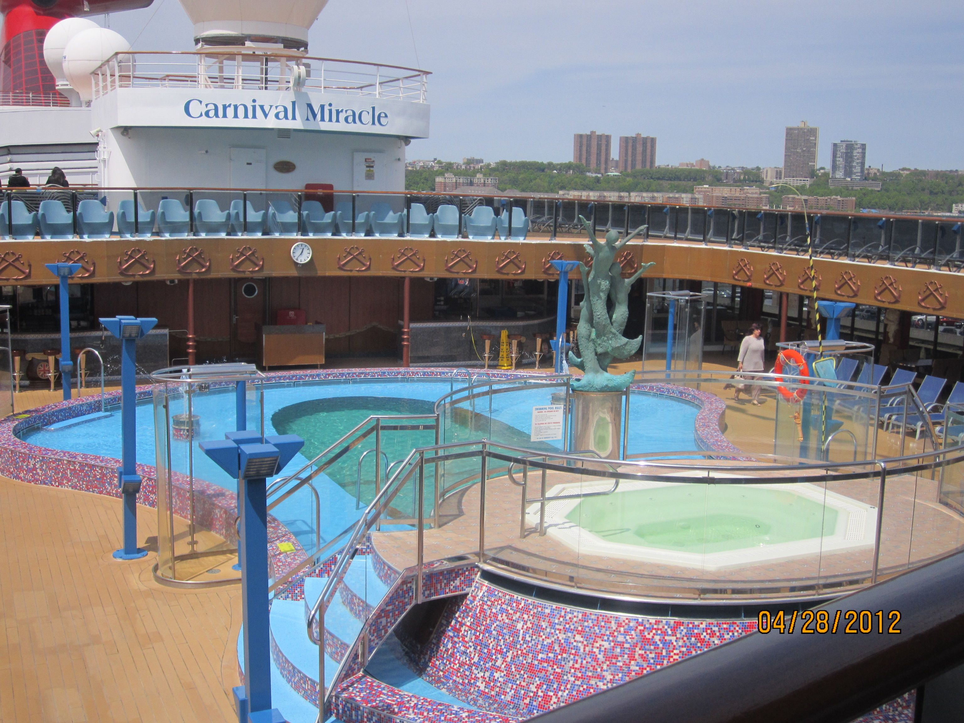 Carnival Miracle Cruise Cabins Pool Deck Carnival Miracle Nick Nora S Steakhouse Carnival