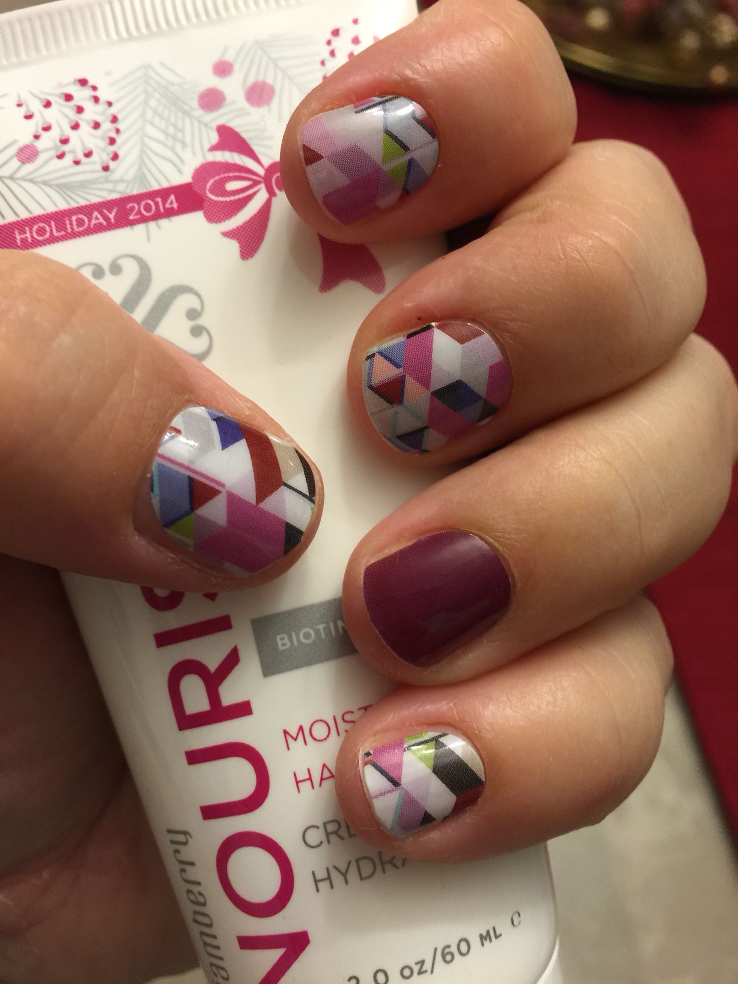 Non-toxic, heat activated nail wraps that last for 2 weeks on nails ...