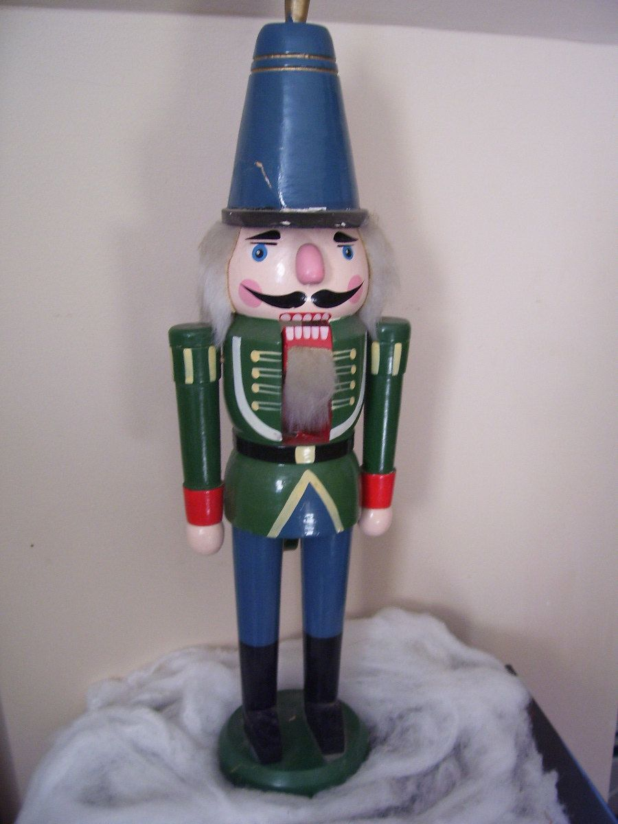 christmas decor large antique wooden nutcracker solider - Large Toy Soldier Christmas Decoration