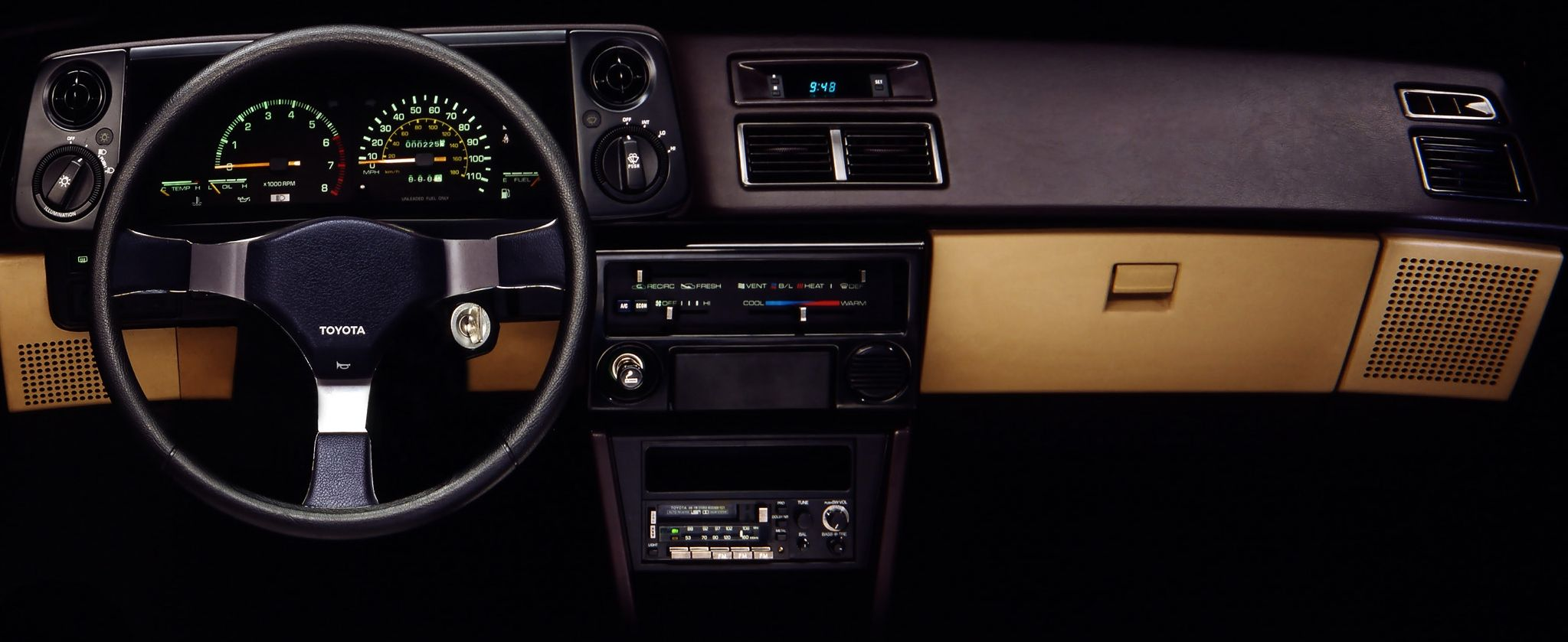 TOYOTA Corolla GT Coupe TwinCam 16 V (AE86) dashboard