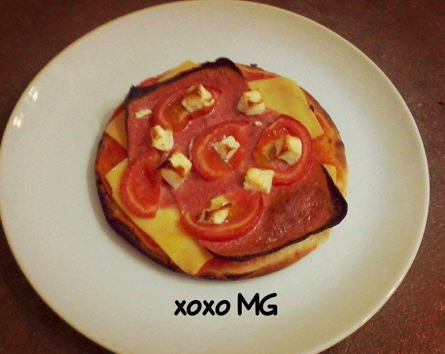OnlyFoodStuff: Homemade Pizza