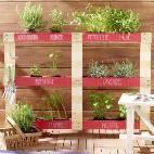DIY-Tipp: Bequemer Hocker für den Balkon #kräutergartenbalkon