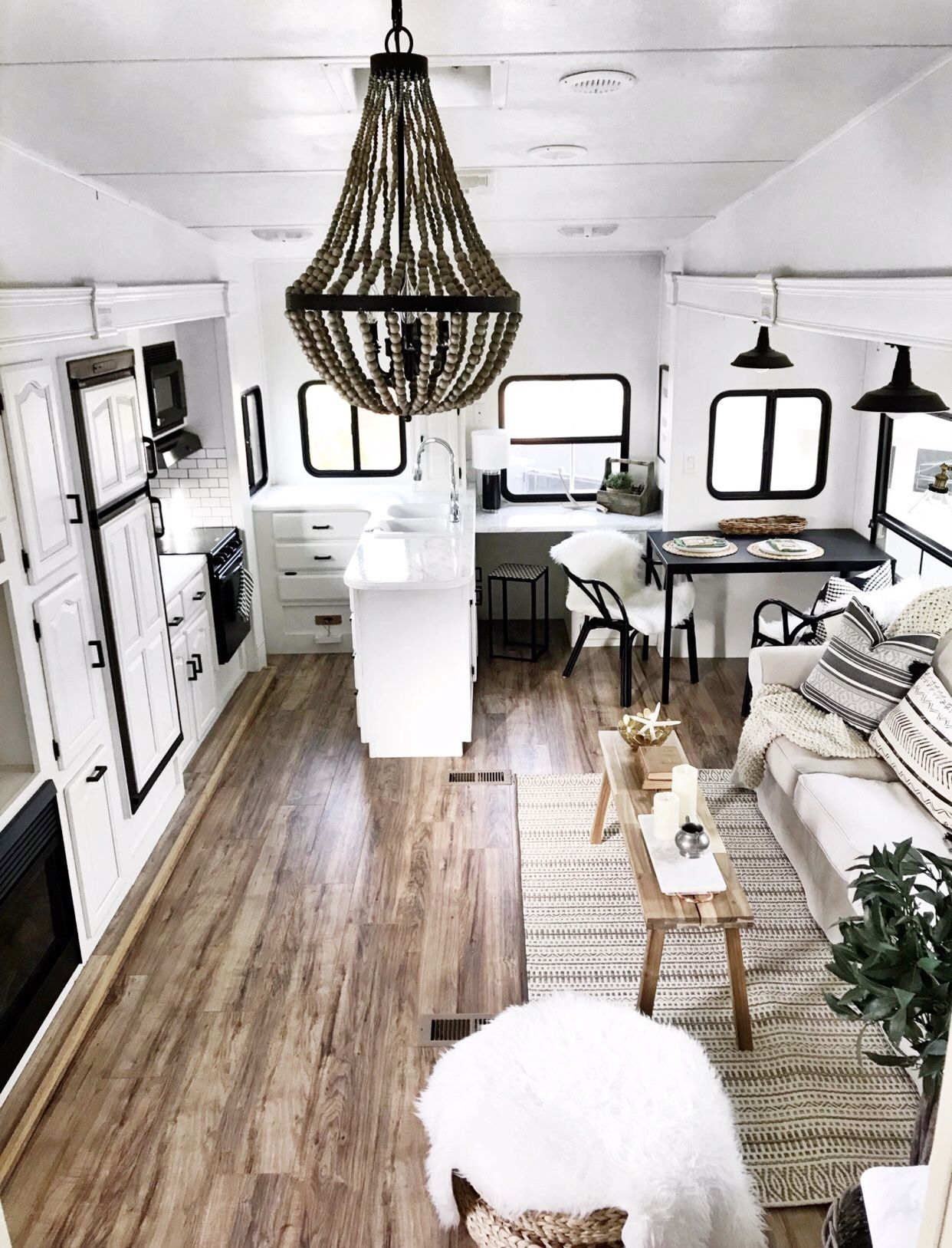 I Love The High Ceilings In Fifth Wheels That Allow