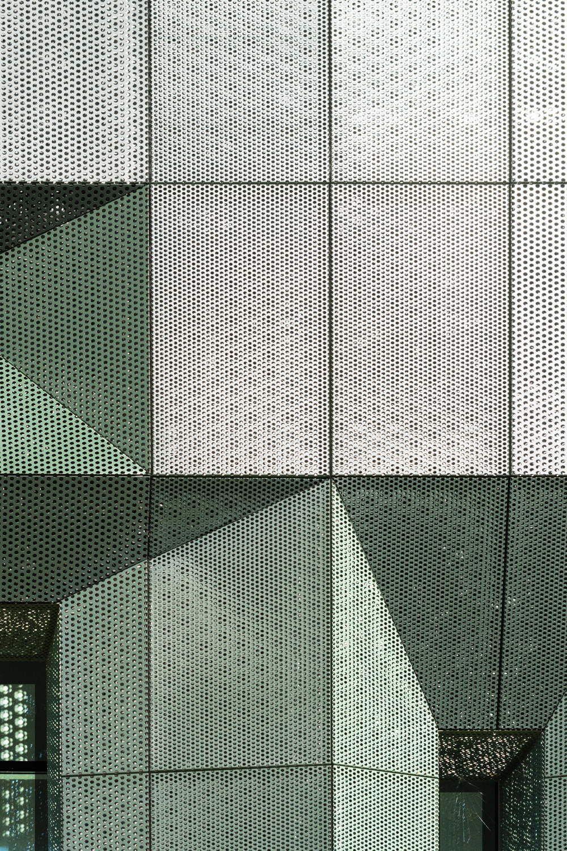 Pflegeheim innenarchitektur camouflage zwischen zypressen  pflegeheim in der toskana von