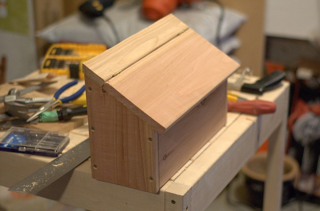 Diy Cedar Mailbox Wooden Mailbox Diy Mailbox Mailbox