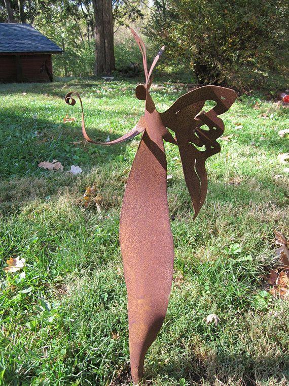 Metal garden sculpture for yard  home décor by ChavenelleStudio