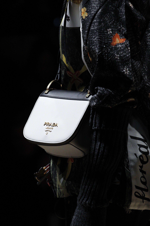 5a15680de65990 Prada Fall 2016 Ready-to-Wear Fashion Show | Fashion: Bags | Fashion ...