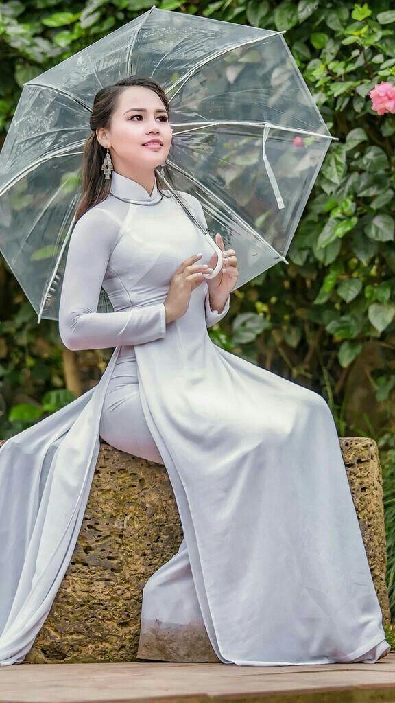 Ghim trên Áo Dài - Vietnamese Traditional Dress