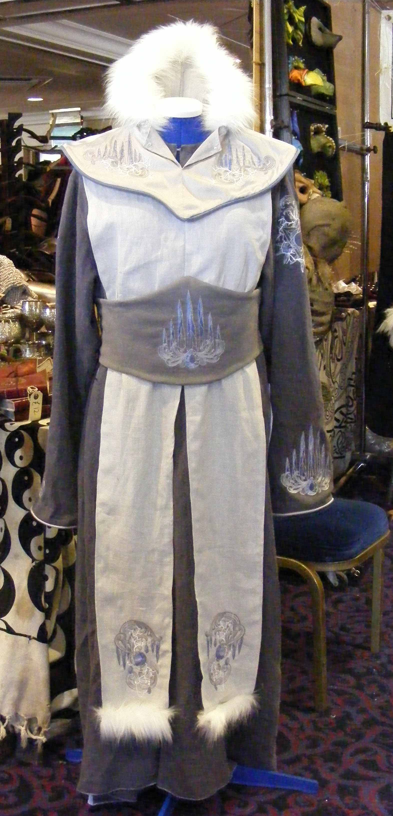winter mage robes in linen and silk i believe by esther. Black Bedroom Furniture Sets. Home Design Ideas