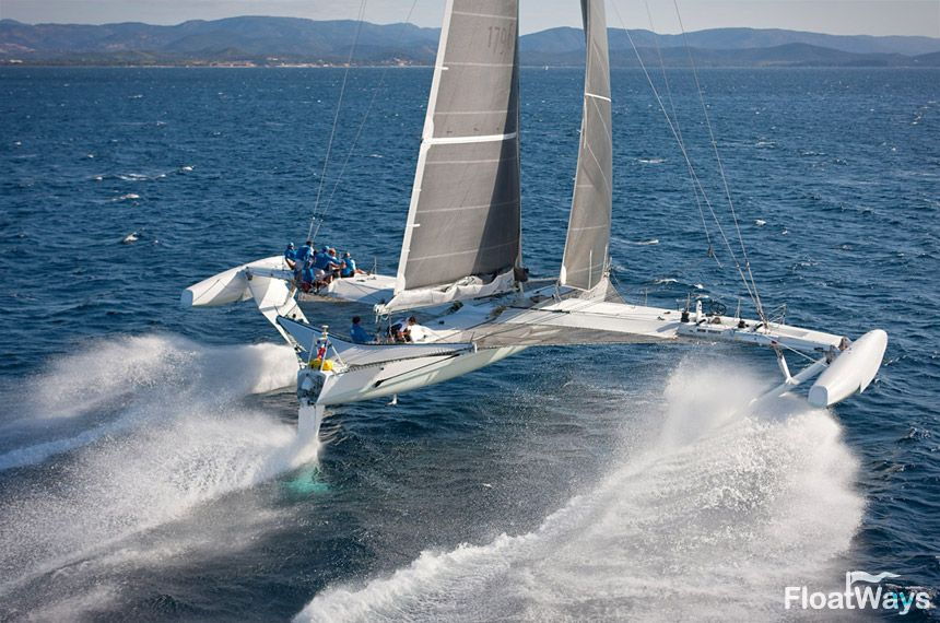 Trimaran segeln  racing sailboats | World's Fastest Sailboats – The Catamaran ...