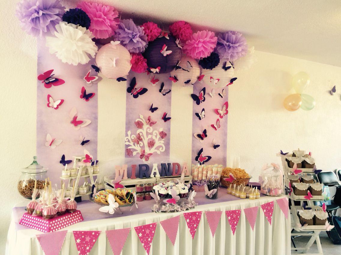 Mesa de dulces tematica de mariposas mesa mariposas for Decoracion de fiesta de quince