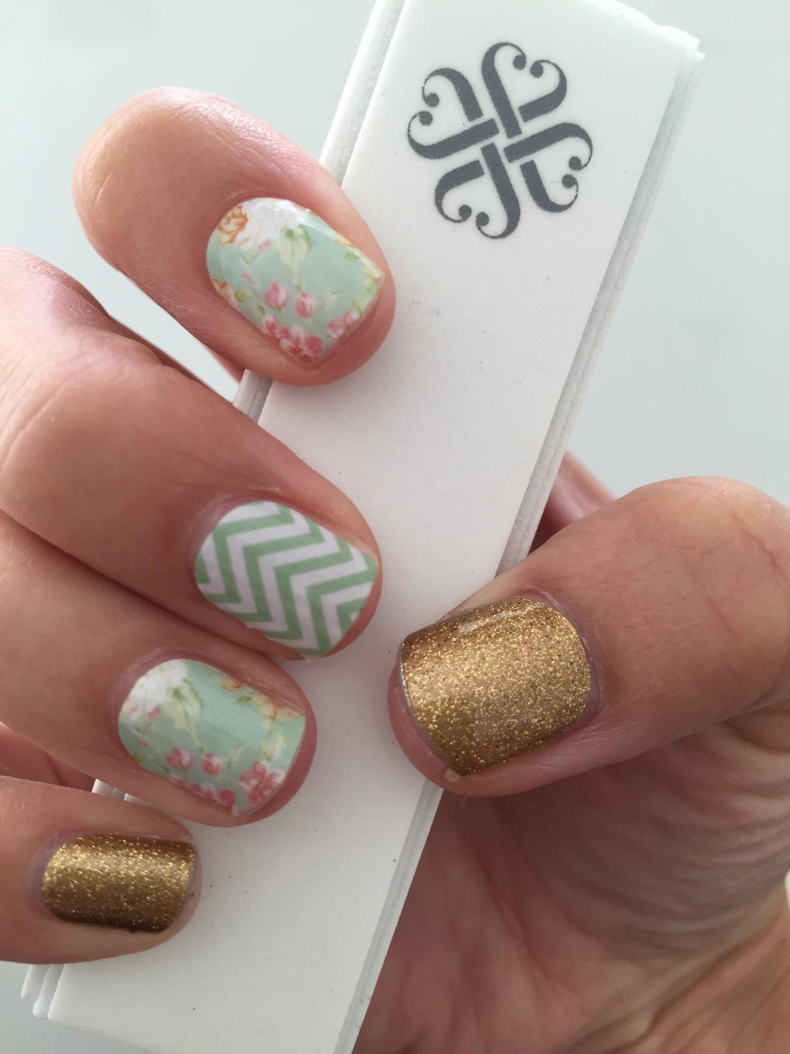 gold sparkle jamberry vintage chic jamberry mint green