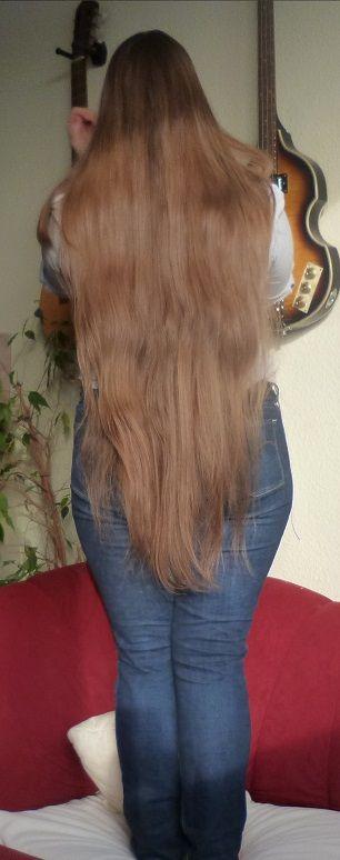 beautiful long hair thigh length