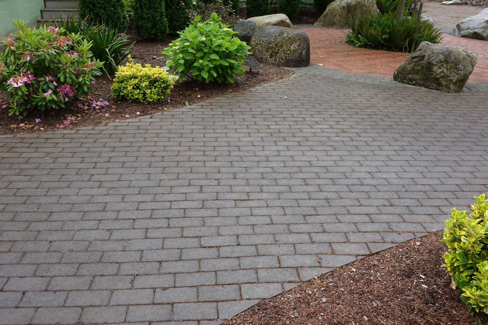 Clay Brick Pavers 100% Natural Clay Brick Paversthis Walkway Path Built With Roman