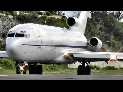 boeing 727 takeoff very loud engines at princess juliana rh pinterest com Boeing 737 Boeing 717
