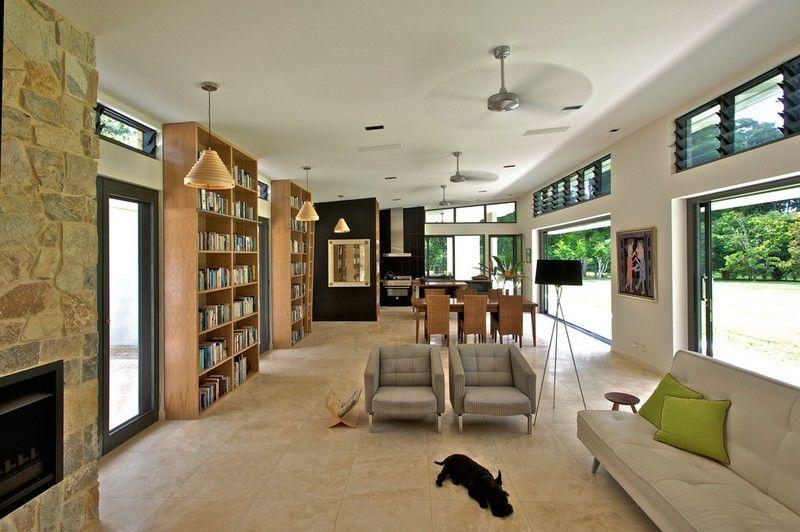 Wohnzimmer-Beige-Braun-einrichten-Ideen-Wandregale-Fliesenboden - wohnzimmer braun ideen