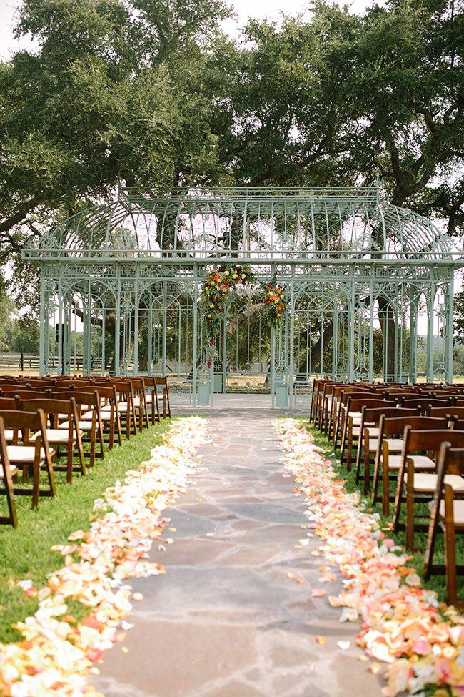 Fall Outdoor Conservatory Wedding Ma Maison Texas Outdoor Fall Wedding Wedding Venues Texas Outdoor Wedding