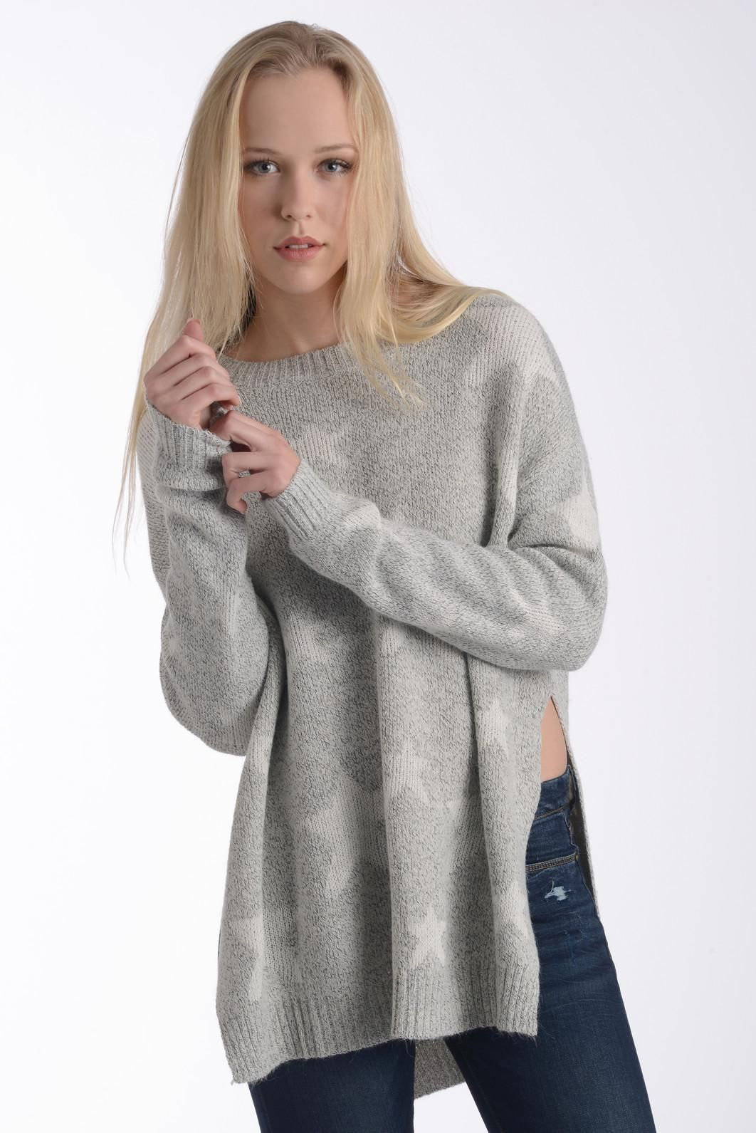 Six Crisp Days Oversized Stars Pullover Sweater | South Moon Under ...