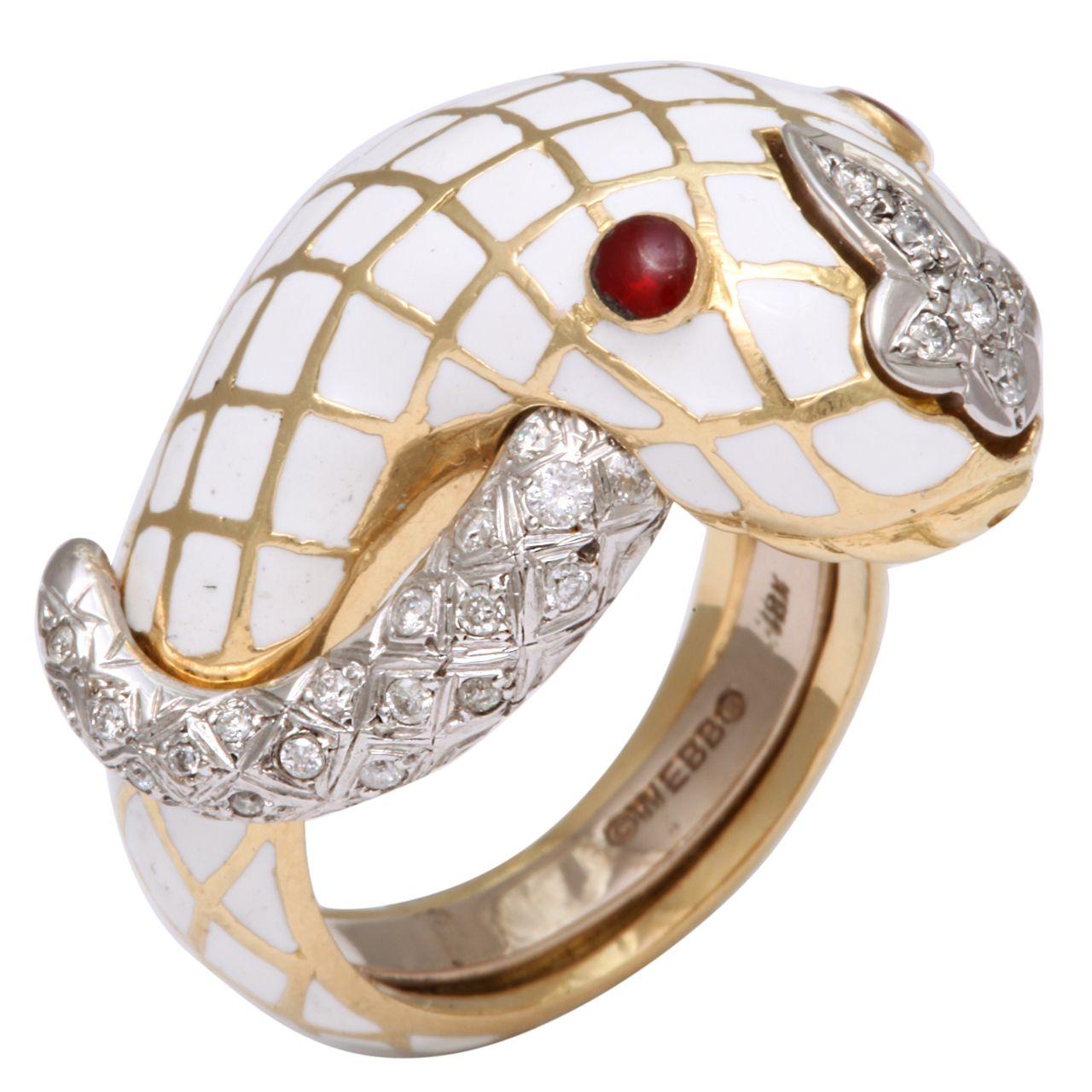 David Webb Geometric White Enamel & Diamond Ring wcw7X5VI7