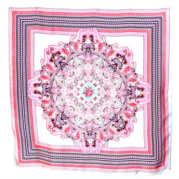 Carré de soie foulard rose imprimé 85 X 85 cm élisa - Foulard/Foulard soie carré - Mes Echarpes http://www.mesecharpes.com/carre-soie/grand-carre/carre-de-soie-foulard-rose-imprime-85-x-85-cm-elisa.html