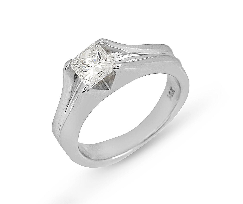 Princess cut natural diamond solitaire engagement ring k white