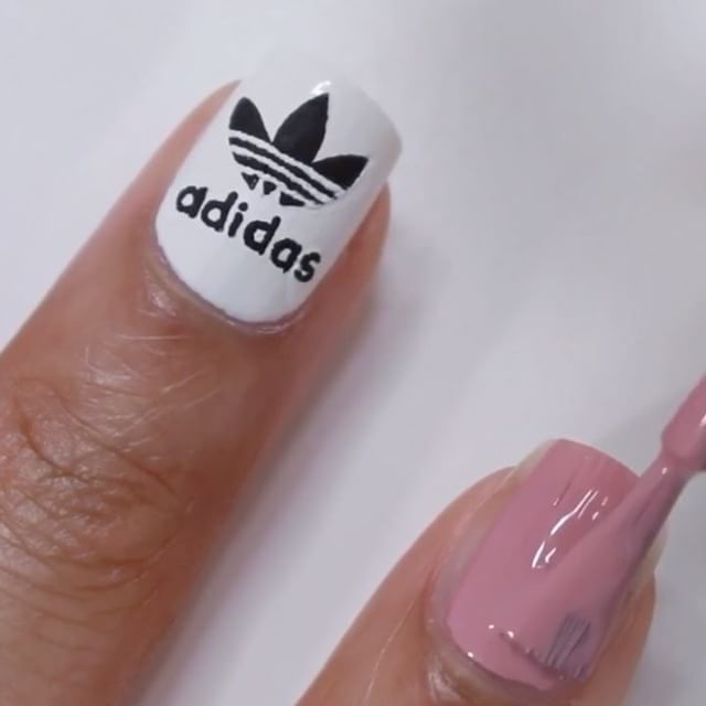 Full tutorial for these no tools Adidas nails is up on YouTube ...