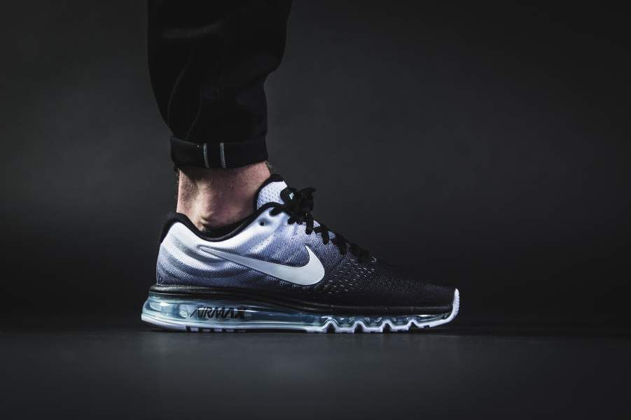 NIKE AIR MAX 2017 BLACK AND WHITE 849559 010  bc1e9d899