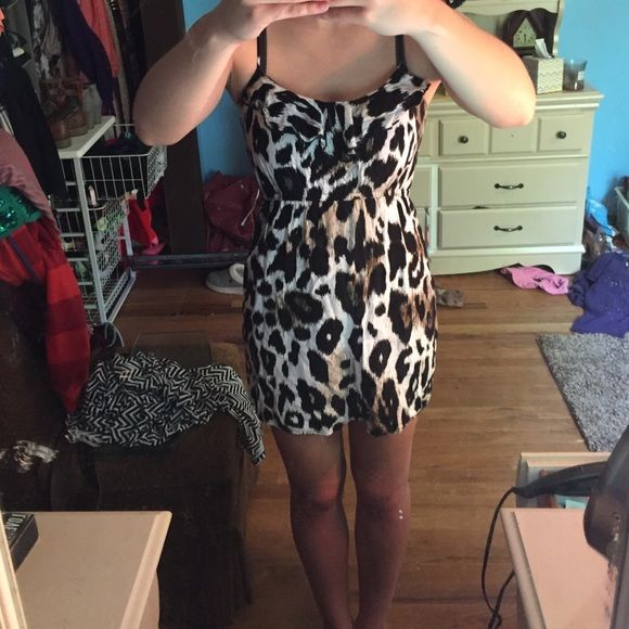 Patterned dress Super cute dress. Worn maybe twice. Perfect condition. Cute little ruffle at the top shown in picture.  Straps are adjustable to make longer or shorter. Will consider offers or trade(: Rue 21 Dresses