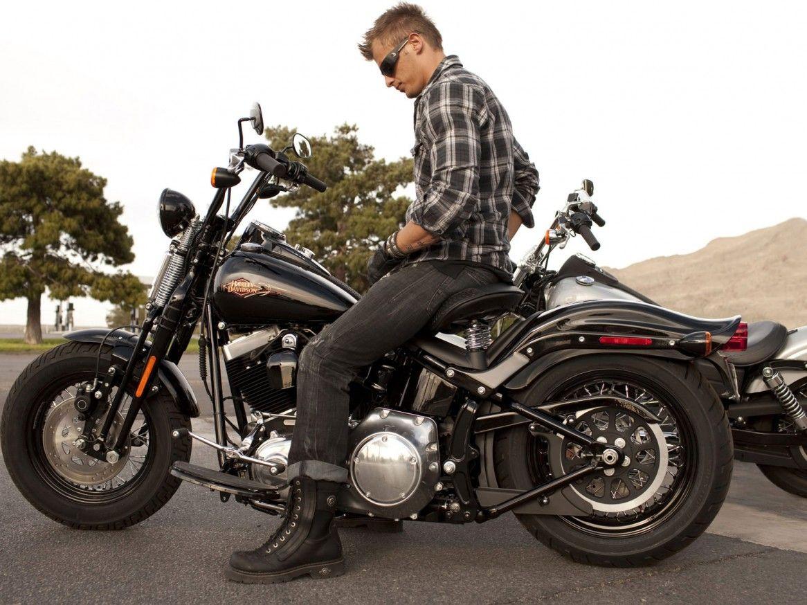 Bobbers: Harley Davidson FLSTSB Softail Cross Bones Custom ...