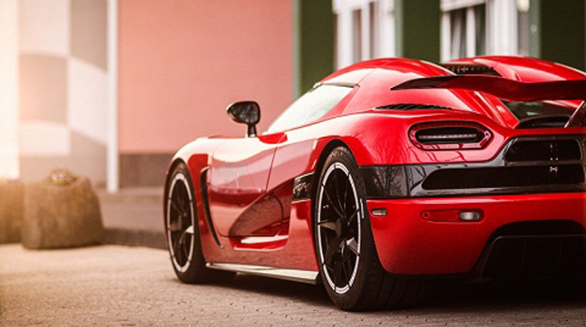 Koenigsegg Agera R Black And Red Wallpaper