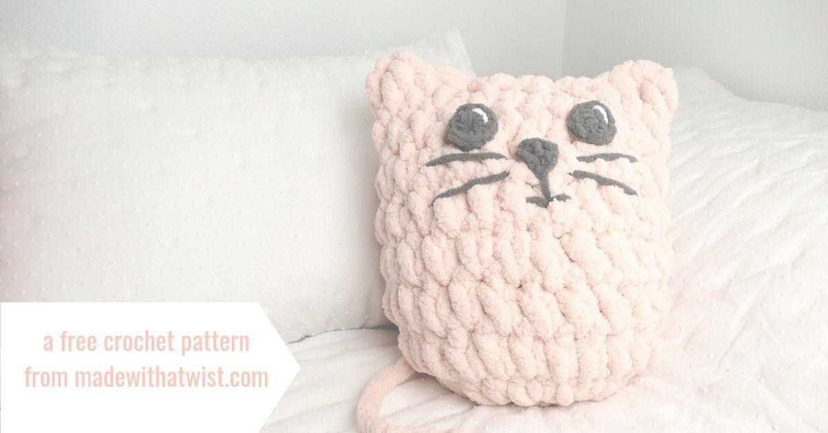 Easy blanket yarn kitty pillow blanket yarn yarn yarn bee