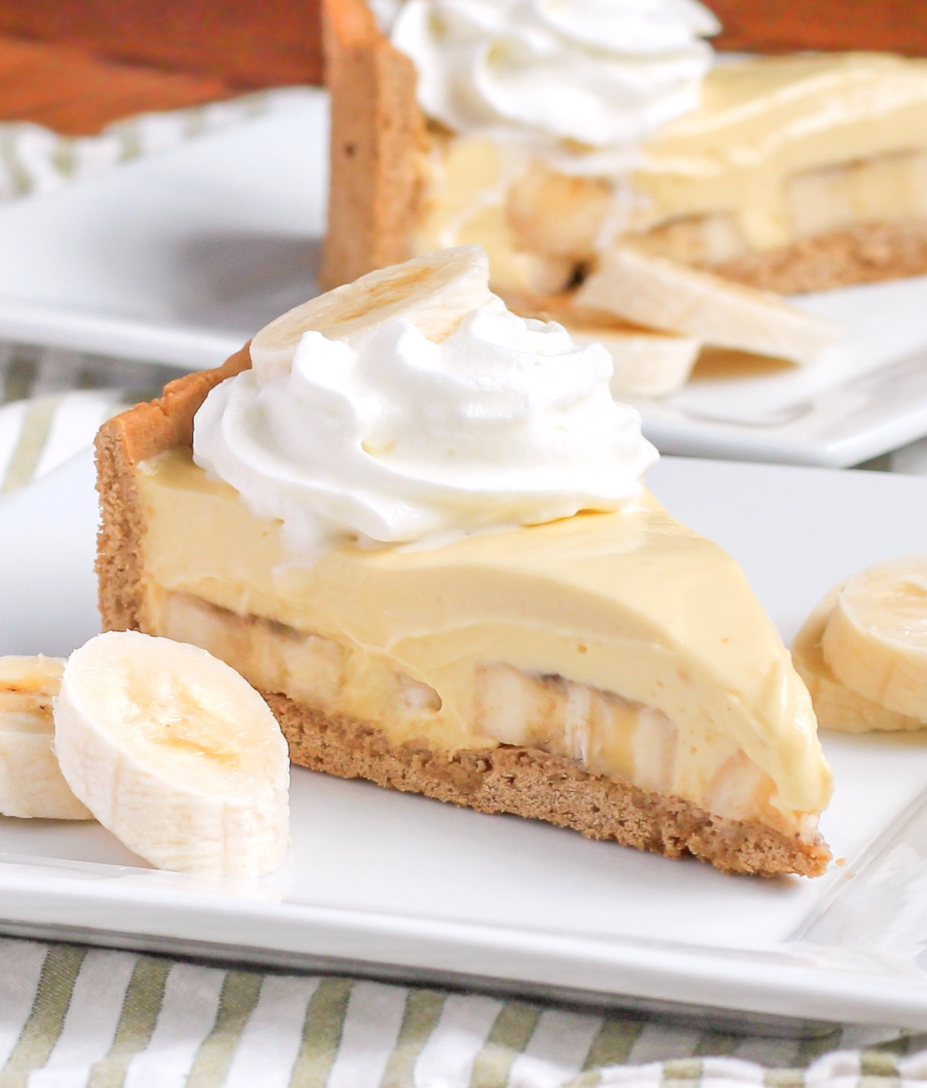 Healthy Banana Cream Pie from the Naughty or Nice Cookbook: The ULTIMATE  Healthy Dessert Cookbook