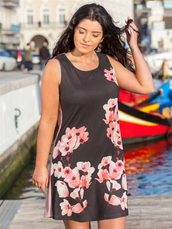 4ad03745e Vestido con estampado de flores que combina dos colores para tallas grandes