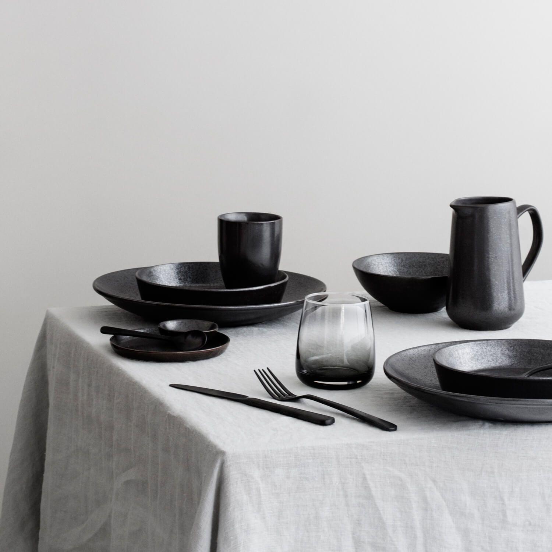 Broste Tasse Esrum Night, handgemachte Keramik   Keramik geschirr ...