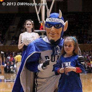 NOSH small fry at #DWB game vs. Maryland from dwhoops.com