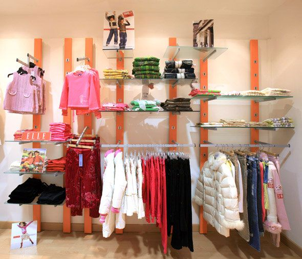 Clothing store display idea boutique decor ideas for Baby shop decoration ideas