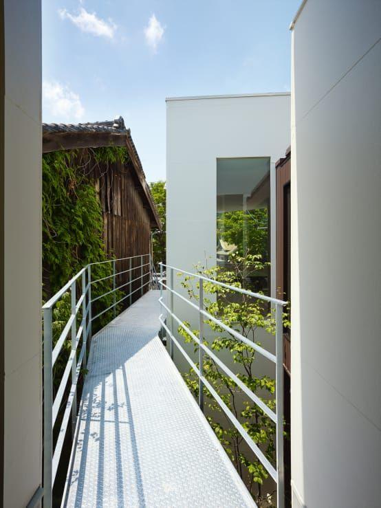 渡り廊下のある家5軒 空間を繋ぐ 渡り廊下 家 建物