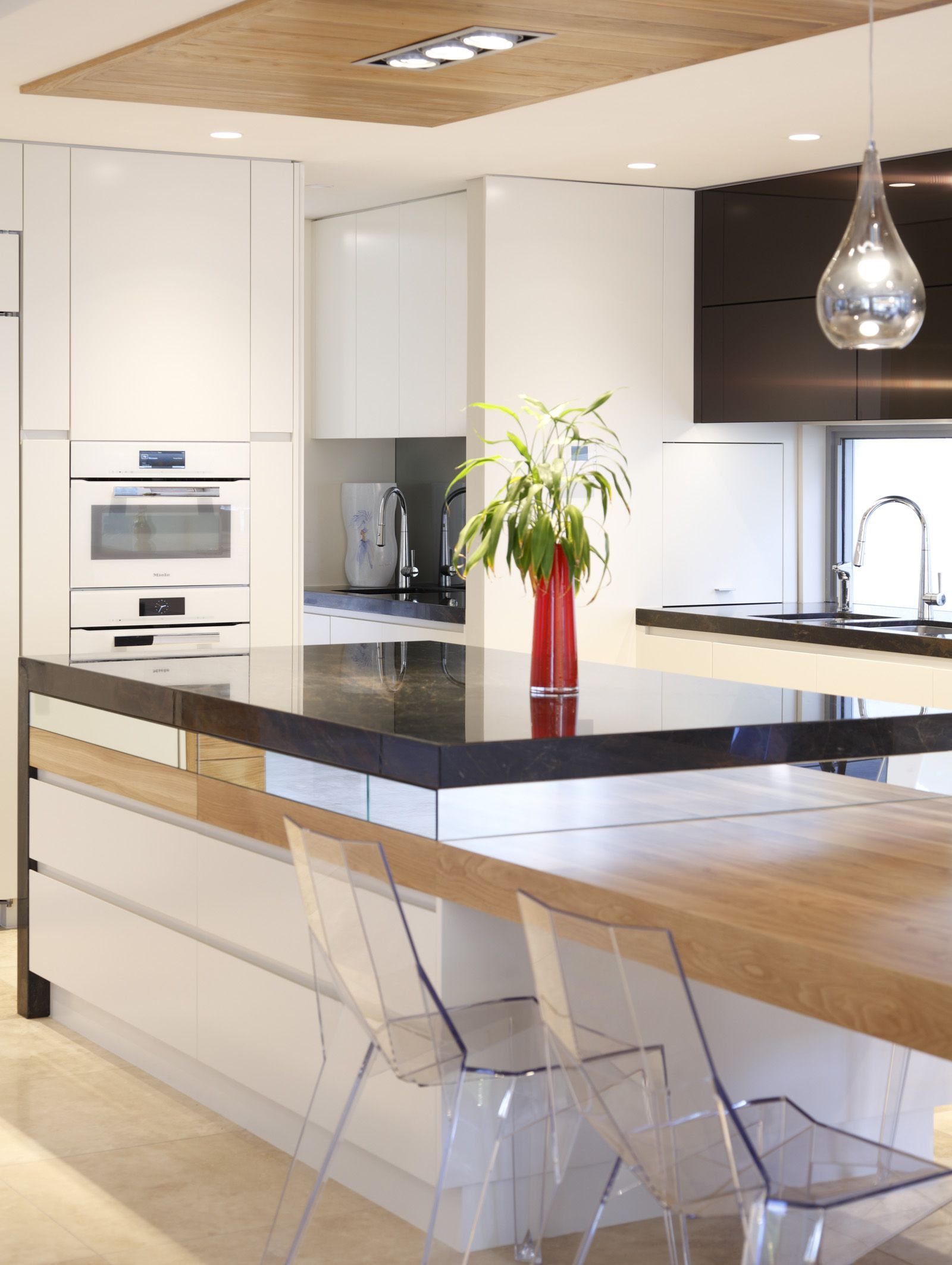 Modern Kitchen Showcase Open plan kitchen living room
