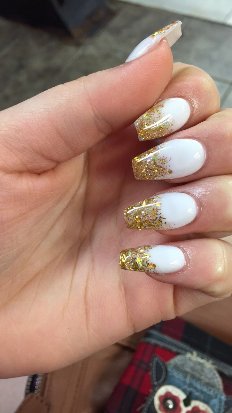 White And Gold Coffin Nails : white, coffin, nails, White, Coffin, Nails, Acrylic, Nails,, Silver