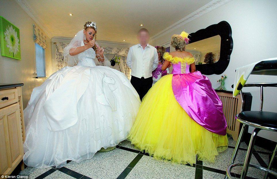 Pin von Lorraine Gates auf Gypsy Wedding Dresses   Pinterest