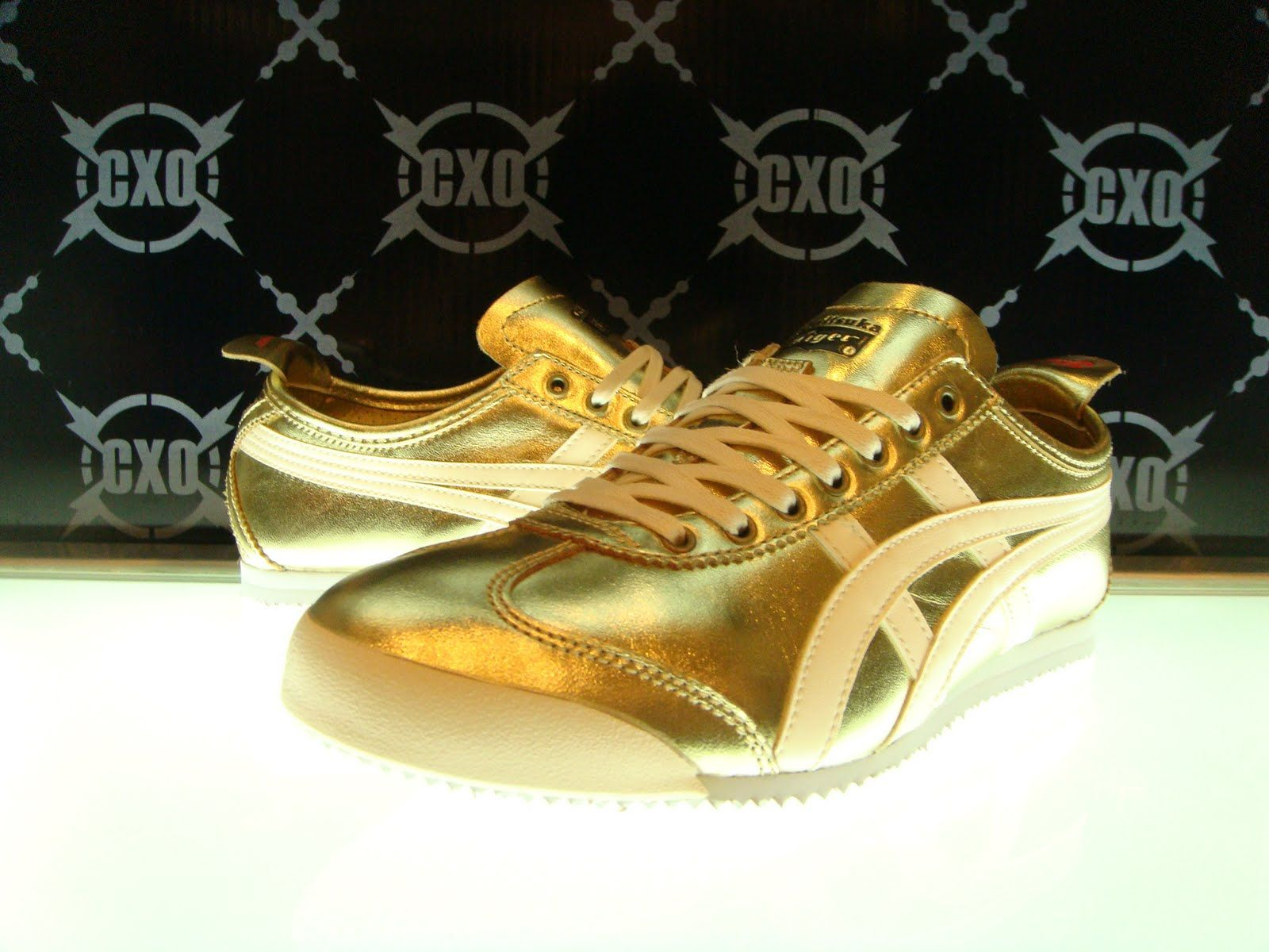 new products 50577 05feb ONITSUKA TIGER MEXICO 66 LAUTA (GOLD)   swag + bling bling ...