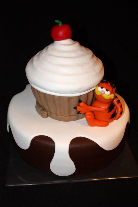 tazzels taart en zo Foto's   Tazzels Taart & zo   recipes   Pinterest   Giant cupcakes  tazzels taart en zo