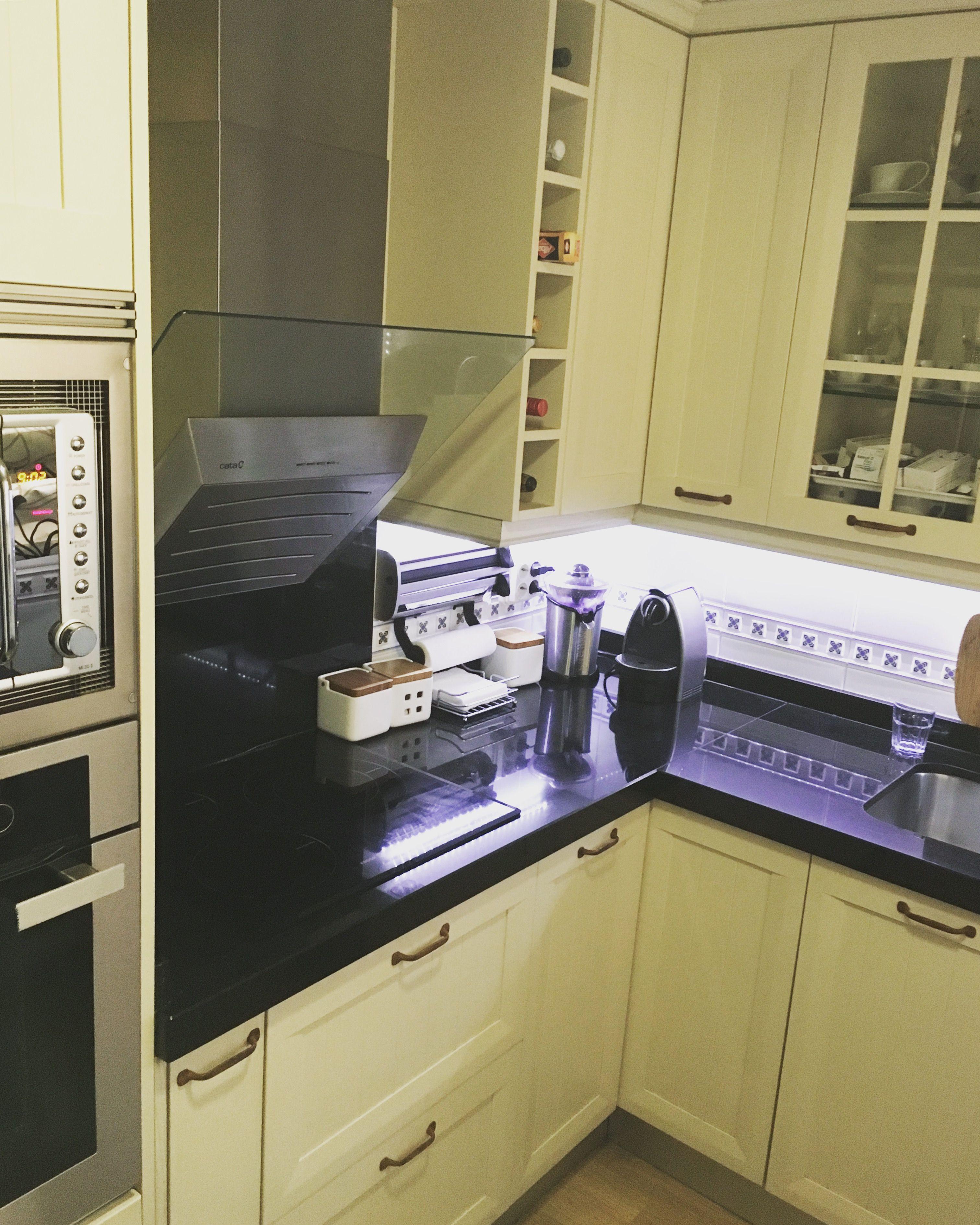 Cocina Con Puerta Cl Sica En Madera Lacada Con Poro Abierto  # Muebles Cocinas Soinco