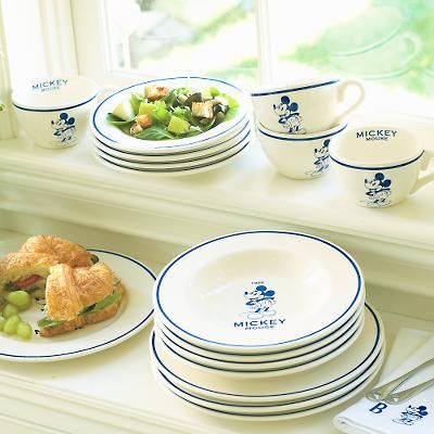 Want to open your own Disney Diner? Hereu0027s a dish set just for ...  sc 1 st  Pinterest & Decorating Your Home with Disney-at-Home | Dish sets Diners and Dishes