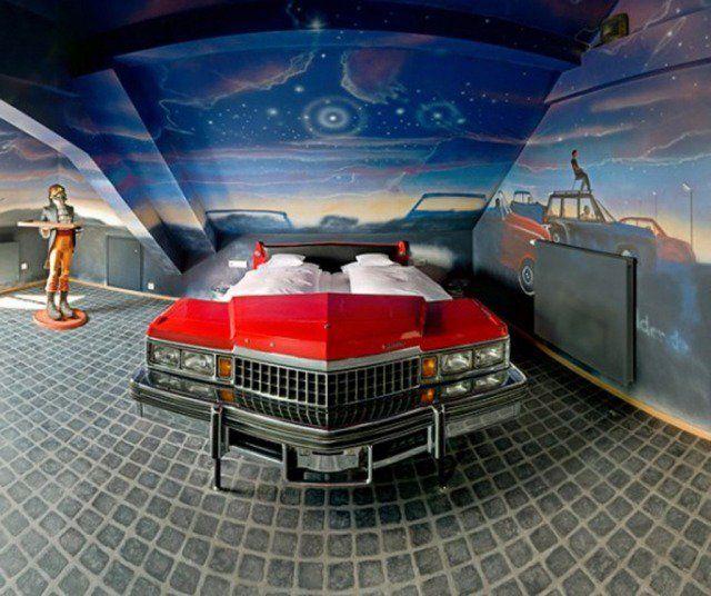 Déco chambre garçon - 27 idées originales thème voiture chambre d